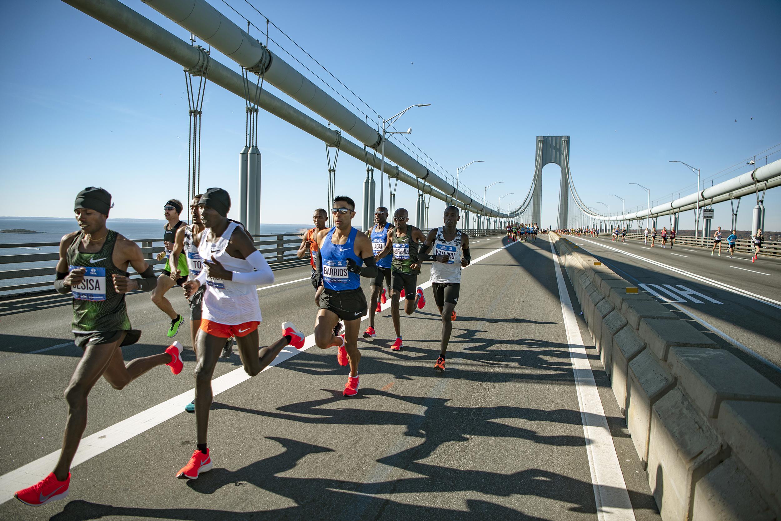O percurso da Maratona de Nova York passa pelos cinco distritos da cidade e é cheio de subidas (Foto: Site Oficial)