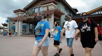 Após acordo sobre testagens, atores dos parques da Disney vão voltar ao trabalho