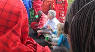 Anthony Bourdain conhece a natureza e a culinária exuberantes da Tanzânia