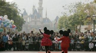 Disney de Hong Kong volta a fechar após escalada em casos de Covid-19