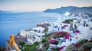 Grécia abre fronteiras para turistas
