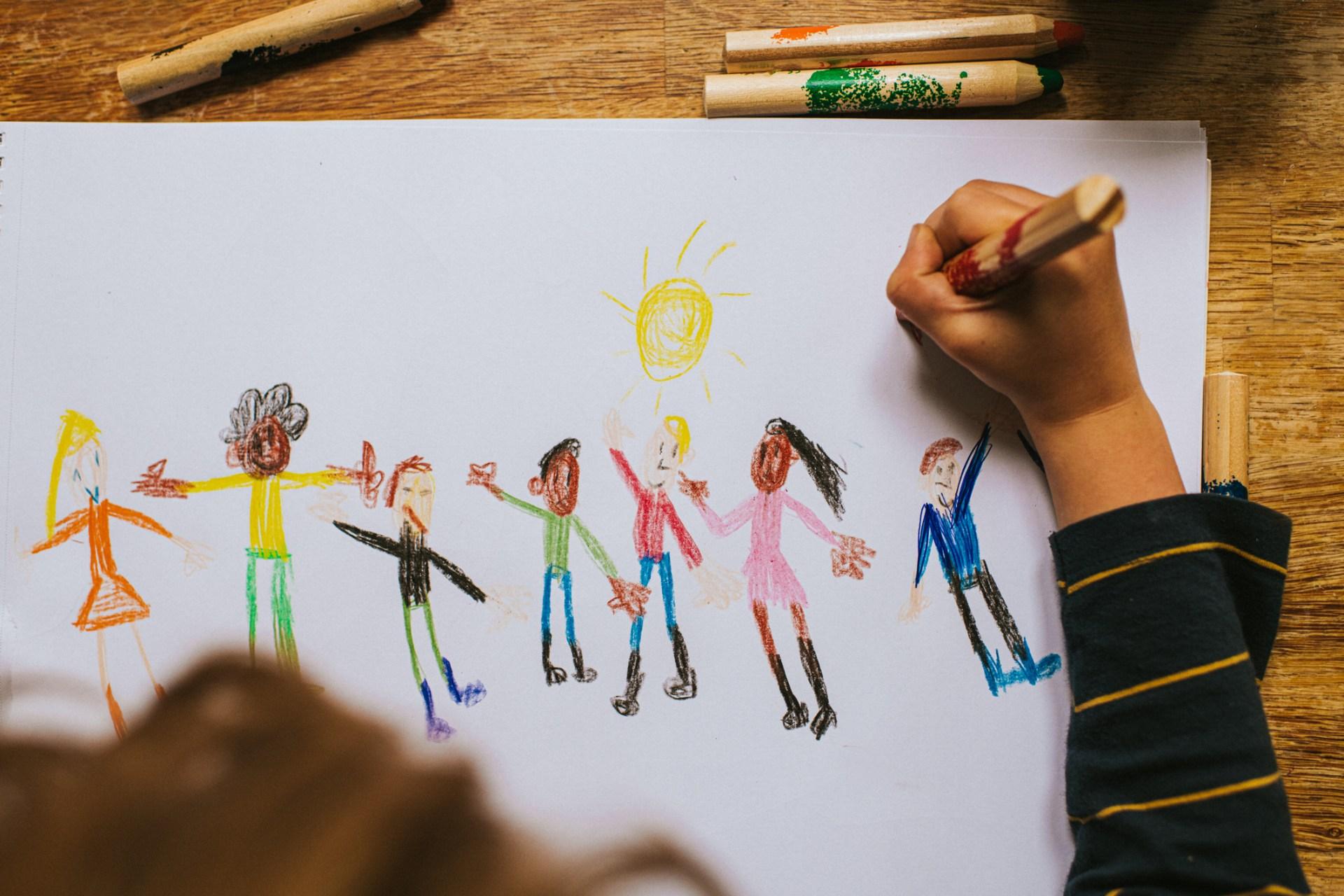 Programas imperdíveis para entreter as crianças dentro de casa