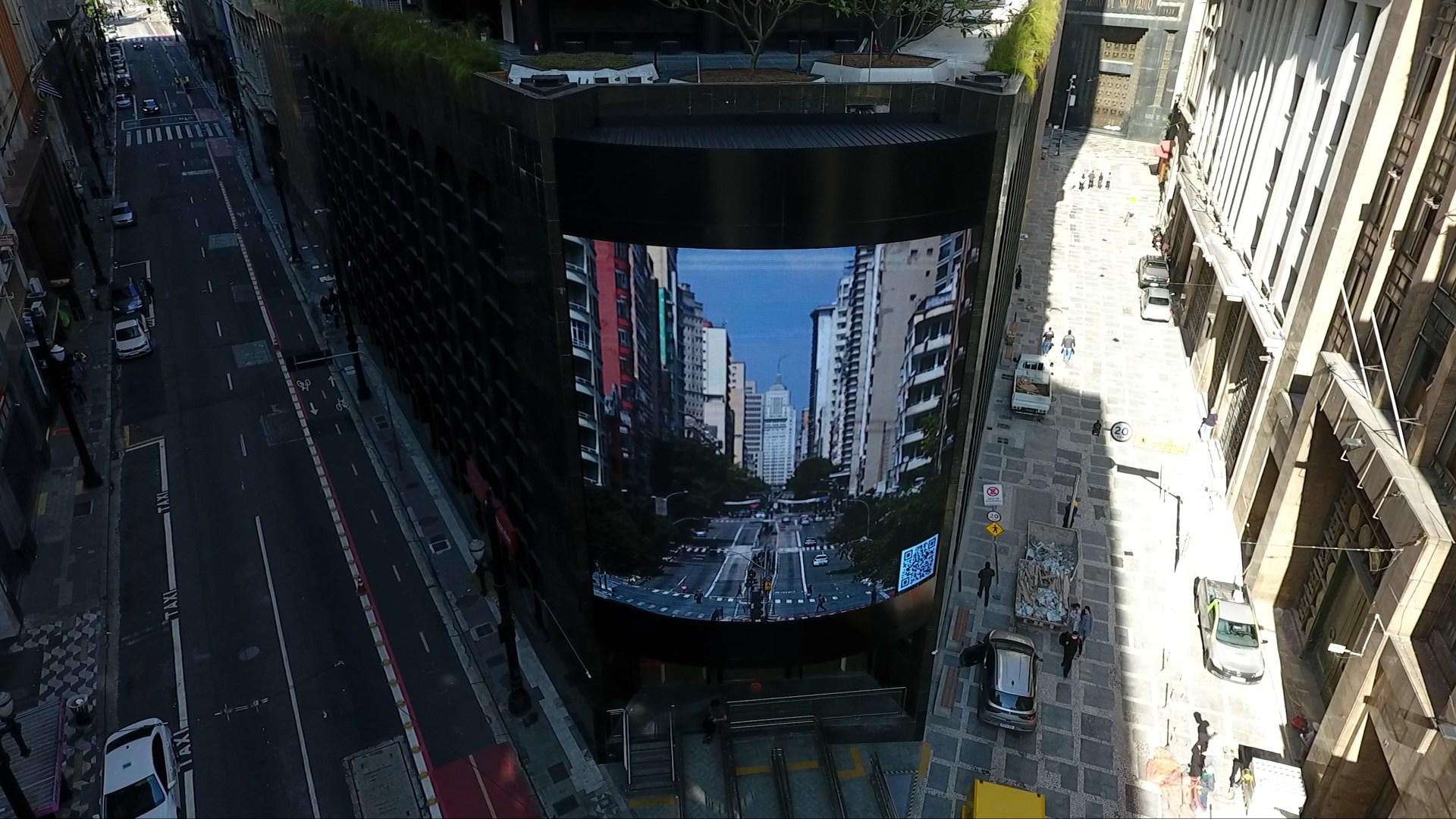 Painel eletrônico no centro de São Paulo