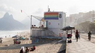 Do Leme ao Pontal: orla carioca recebe painéis em celebração ao mês do Orgulho LGBTQIA+