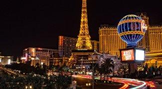 Turistas vacinados podem ficar sem máscara dentro dos cassinos de Las Vegas