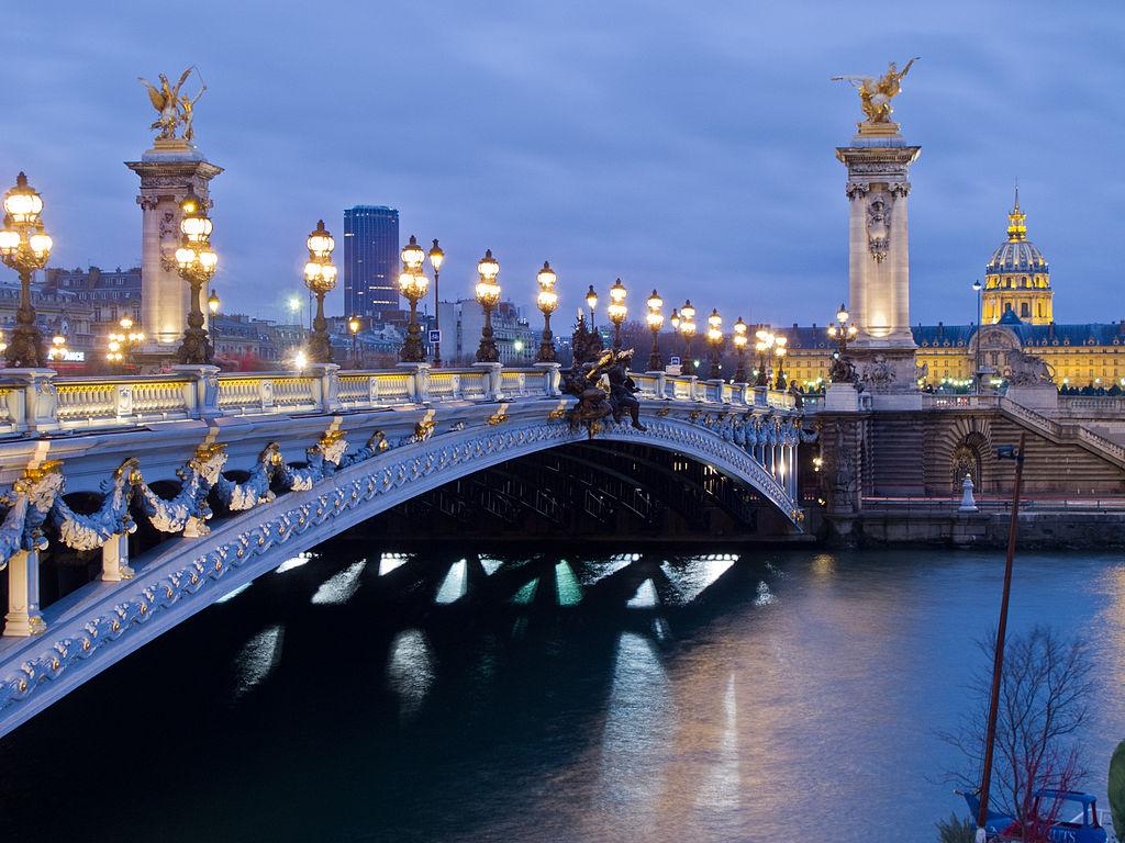Ponte Alexandre III, em Paris