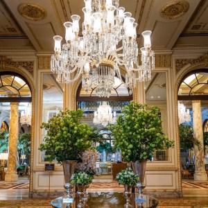 Interior do Hotel Plaza, em Nova York