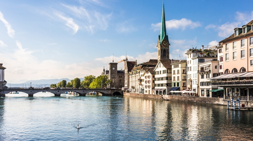 Zurich old town with the Limmat river flowing toward the Zurich lake in Switzerland