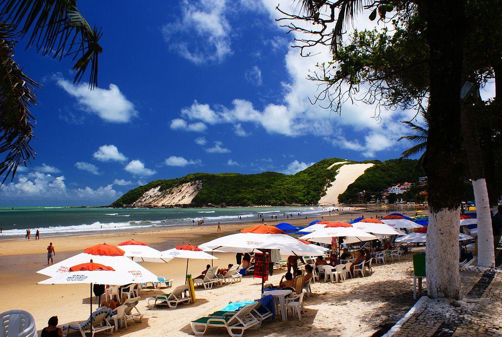 Morro do careca na praia de Ponta Negra em Natal