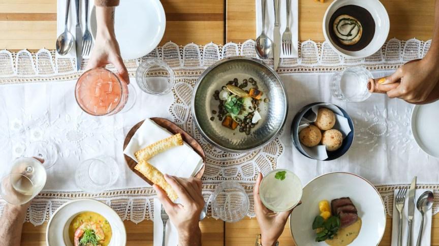 A Baianeira celebra 7 anos e oferece menu-degustação especial com pratos icônicos da casa