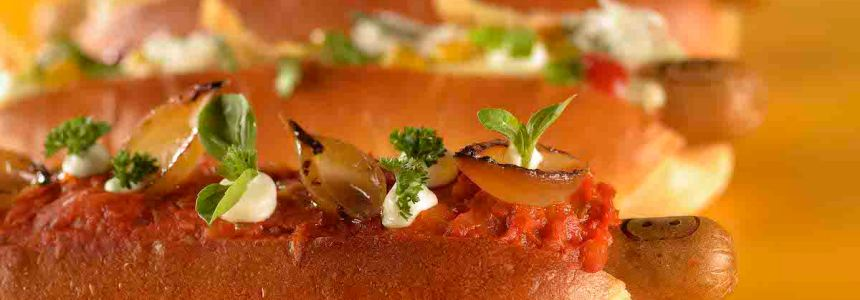 Lanchonete da Cidade se reinventa e faz parceria com grandes chefs, como o casal Rueda