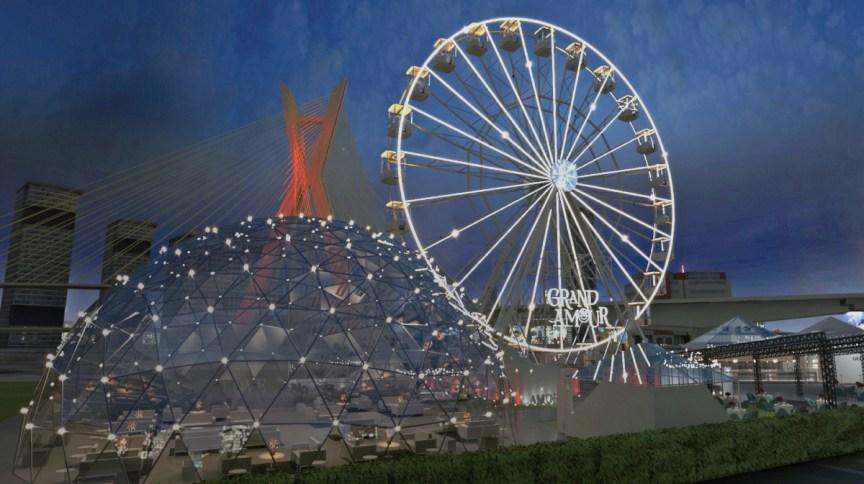 Modelo da roda-gigante e estrutura gourmet com vista para a Ponte Estaiada do evento Grand Amour
