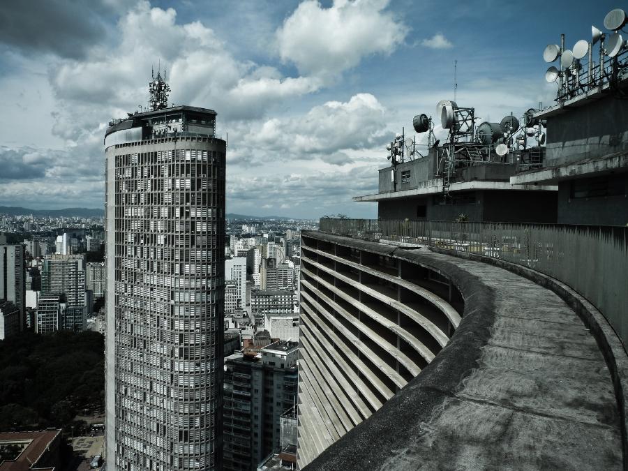 Edificio italia visto do alto do copan