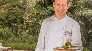 Aprenda a fazer um entrecôte com verduras e legumes do chef David Mansaud
